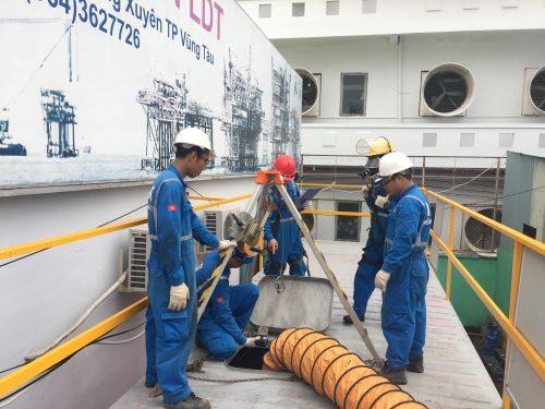 LDT chiêu sinh khóa huấn luyện an toàn làm việc trong không gian hạn chế