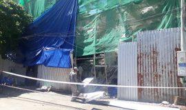 Thoát chết trong gang tấc khi khối bê tông hơn 1 tấn rơi từ tầng 2 xuống