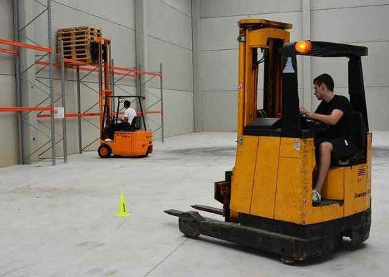 Đào tạo sơ cấp nghề thiết bị nâng